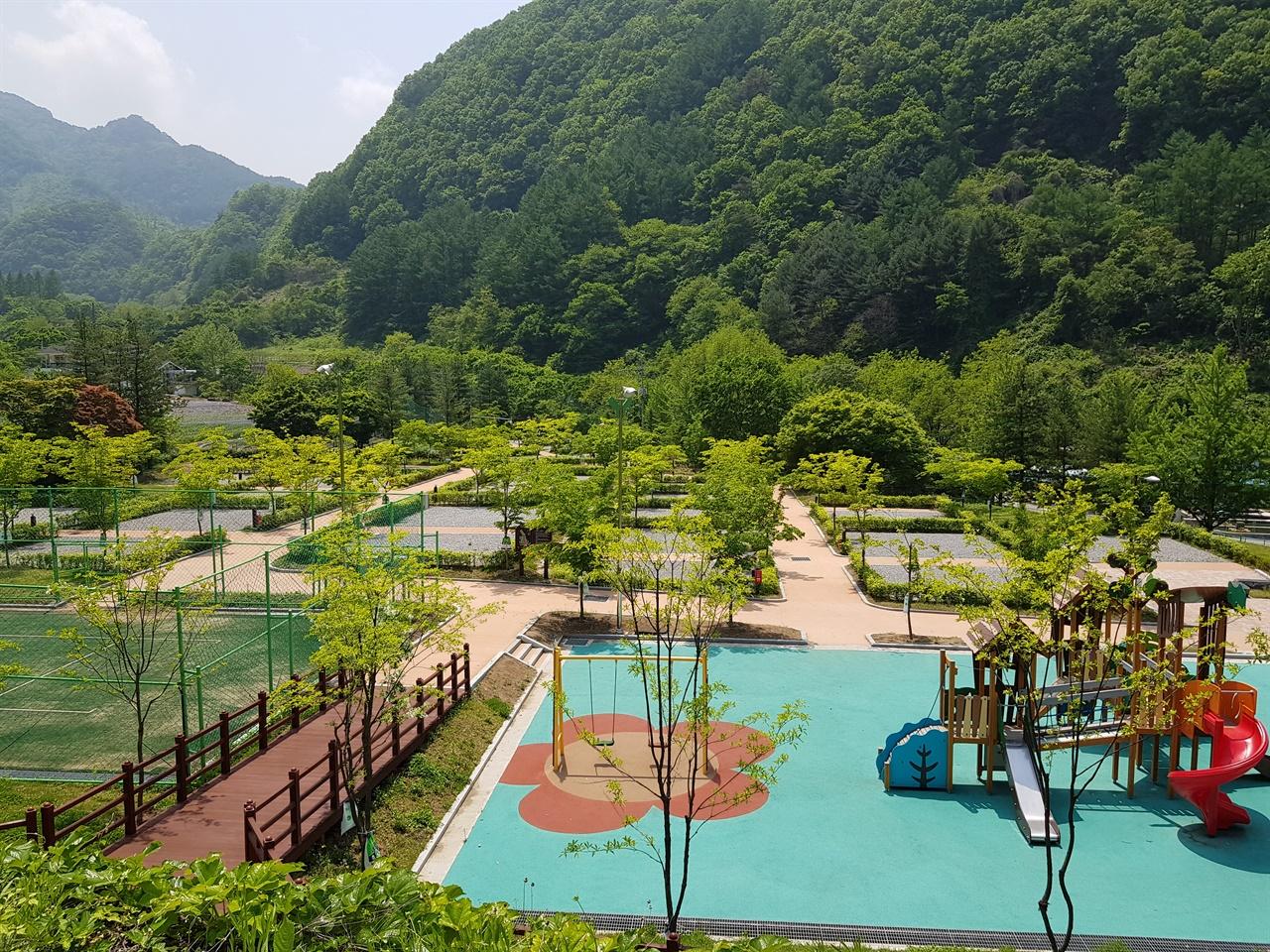 다리안천동오토캠핑장 생태체육공원과 달리 텅빈 다리안관광지 유료 천동오토캠핑장