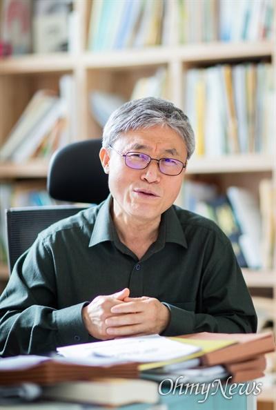 조돈문 한국비정규노동센터 대표