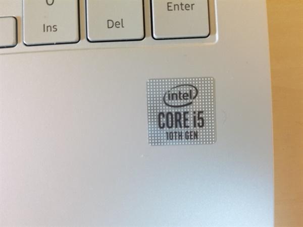 Intel i5 10th Gen 스티커