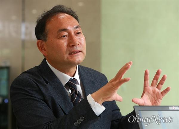 더불어민주당 김원이 당선인.