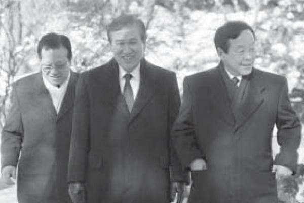 3당 합당 주역 3인 김종필(완쪽), 노태우(중앙). 김영삼(오른쪽)