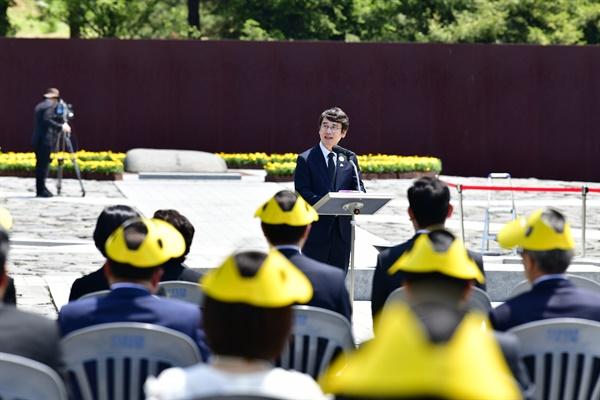 5월 23일 김해 봉하마을 고 노무현 전 대통령 묘역에서 열린 11주기 추도식. 유시민 이사장 인사말.