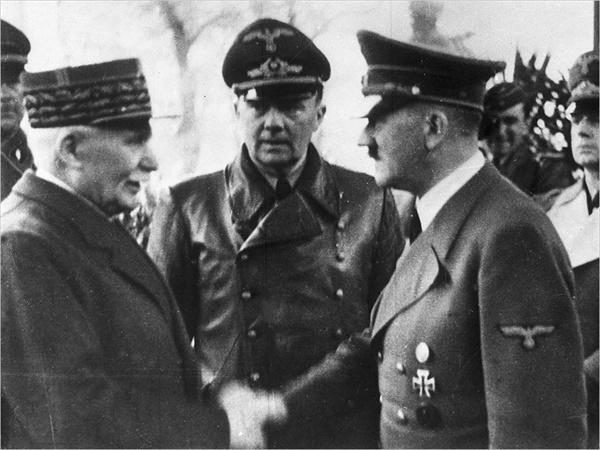 휴전협정 후 히틀러와 만난 비시정부 수반 페텡 총리(왼쪽)