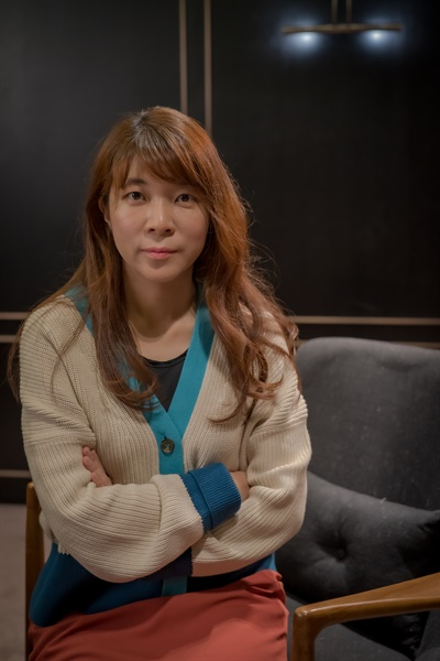 영화 <침입자>를 연출한 손원평 감독.
