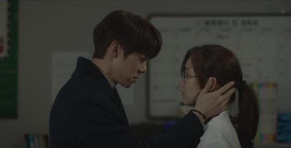 tvN 목요스페셜 <슬기로운 의사생활> 12회 한 장면