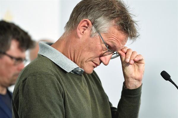 스웨덴 공공보건청장, 코로나19 대응 기자회견 스웨덴 '집단면역' 책임자인 안데르스 테그넬 공공보건청장이 3일(현지시간) 스톡홀름에서 코로나19 대응 기자회견을 하고 있다.