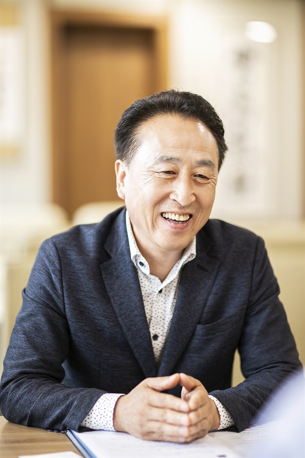 행정사무감사는 의회의 꽃  김홍성 의장은 행정사무감사가 의회기능 중 가장 중요한 일이라고 밝혔다. 시민의 적극적 참여를 부탁한다고 전했다.