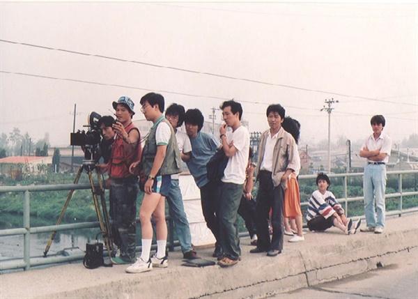 1988년 <오! 꿈의 나라>를 촬영하고 있는 장산곶매