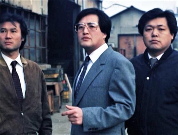 <파업전야>에서 주임 역으로 나오는 이덕신(감독. 오른쪽)