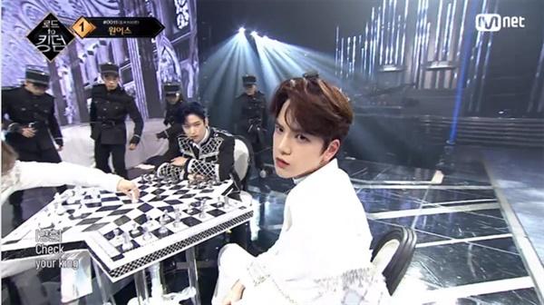 Mnet '로드 투 킹덤' 1위를 차지한 더보이즈