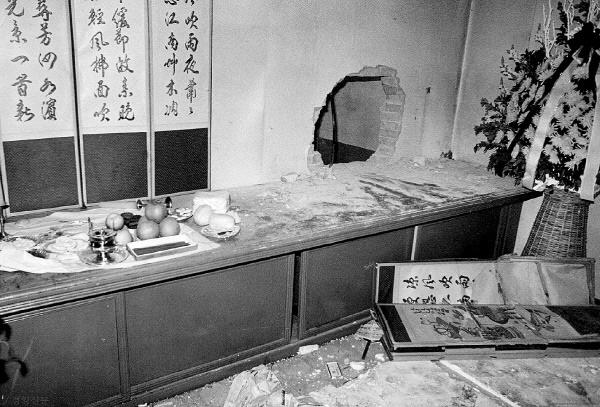 검찰은 백골단을 투입해 영안실 벽을 해머로 뚫고 들어가 시신을 탈취하고 강제 부검을 집행했다.