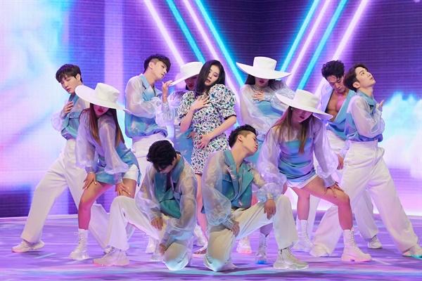 선미의 새 싱글앨범 '보라빛 밤' 발매 기념 쇼케이스