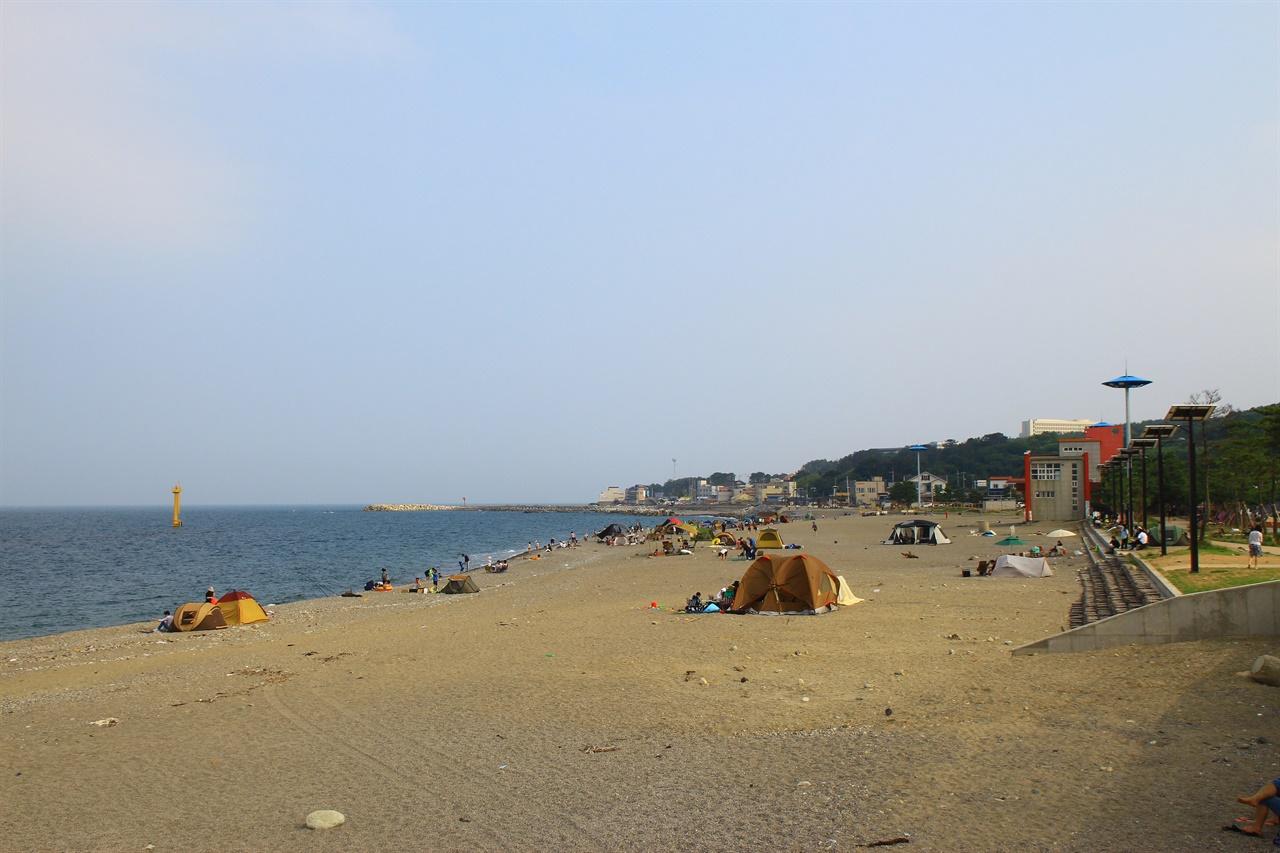 7월10일 개장을 앞둔 경주 나정고운모래해변 모습