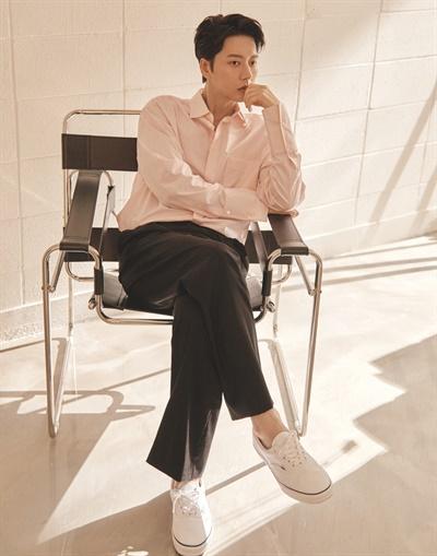 MBC 수목드라마 <꼰대인턴> 가열찬 역의 배우 박해진.