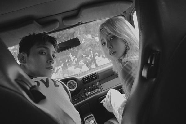 싱어송라이터 주영이 신곡 '요를 붙이는 사이' 발매를 앞두고 인터뷰를 진행했다.