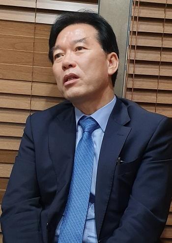 정태호 의원 정태호 의원이 1일 한국인터넷기자협회 임원들과 오찬을 했다.