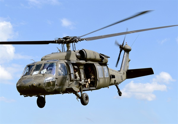UH-60 미 육군의 UH-60 블랙호크 헬리콥터