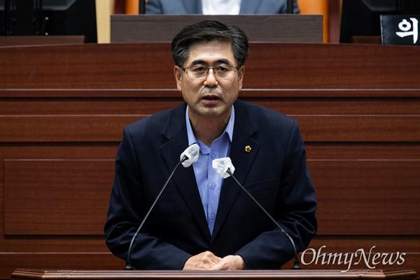 경북도의회 제11대 후반기 부의장으로 선출된 도기욱 의원.