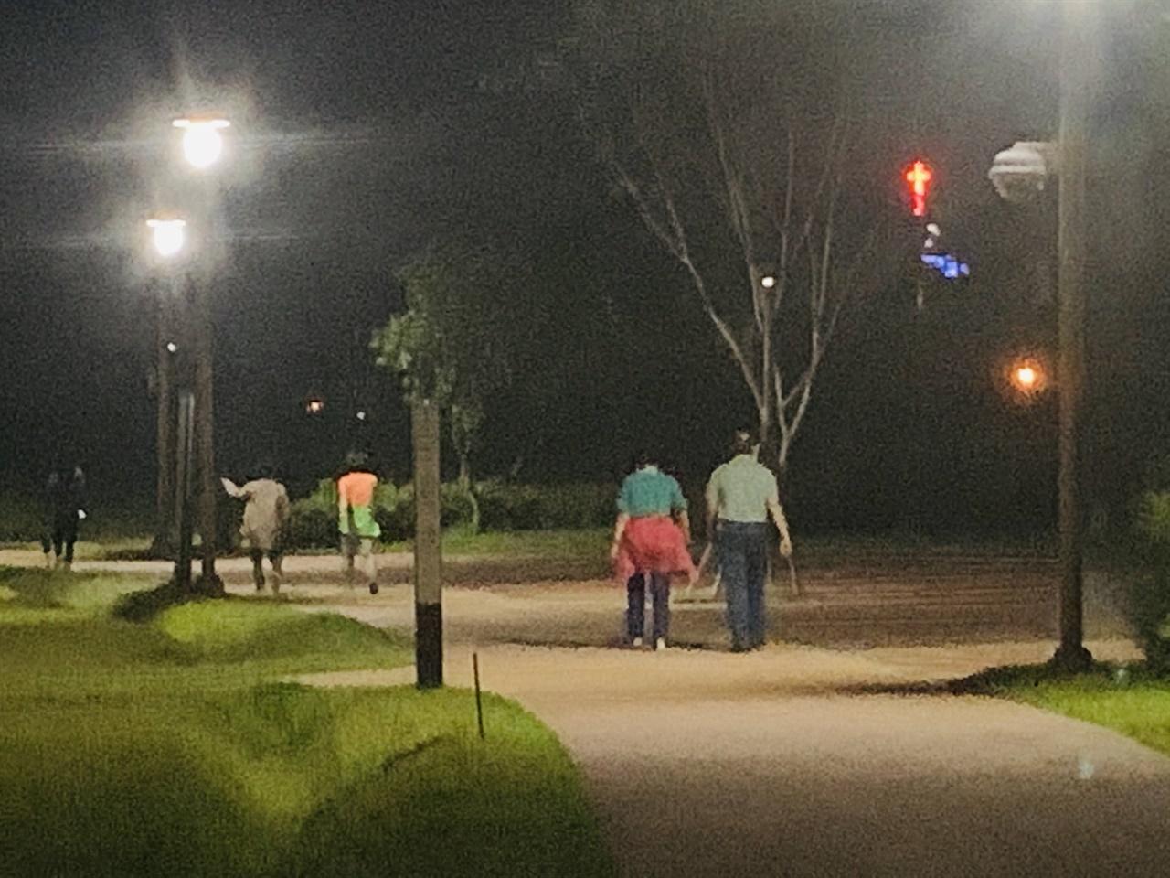 야간에 운동하시는 분들