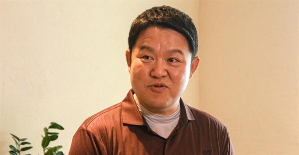 6월 19일 IZM과 부평구문화재단의 < MEETS 시리즈 > 인터뷰에 참여한 김구라.
