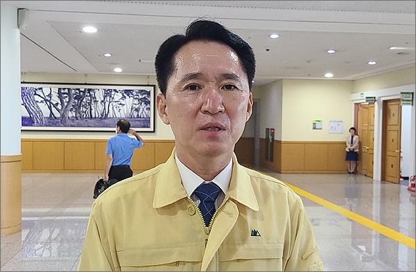 제8대 대전시의회 의장에 당선된 더불어민주당 권중순 의원.