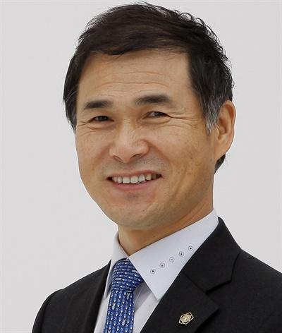 장성근 전 경기중앙변호사회 회장(자료사진).
