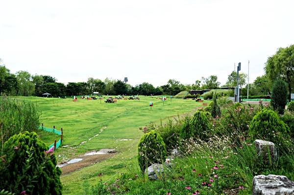 노을공원의 캠핑장