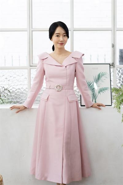 영화 <반도>에서 민정 역을 맡은 배우 이정현.