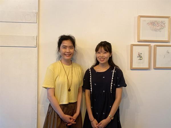 23일 서울 은평구의 한 카페에서 만난 전쟁없는세상의 최정민(왼쪽), 뭉치(오른쪽) 활동가