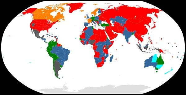 전세계의 성매매 규제 밝은 파랑: 전면 비범죄화, 초록: 합법화, 남색: 폐지 (성매매는 합법, 포주와 성구매자 처벌), 주황: 신폐지제도 (성구매자와 제3자 처벌), 빨강: 금지: 성매매 불법, 회색: 지역별로 다름  출처: 위키피디아 라이센스 링크 (https://creativecommons.org/licenses/by-sa/4.0/deed.en)