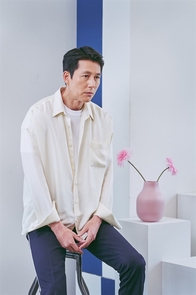 영화 <강철비2: 정상회담>에서 대한민국 대통령 한경재 역을 맡은 배우 정우성.