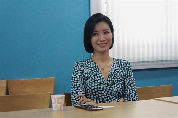 웹진 IZM과 부평구문화재단이 함께하는 인터뷰 기획의 다섯 번째 순서로 데뷔 23년을 맞은 가수 박기영을 만났다.
