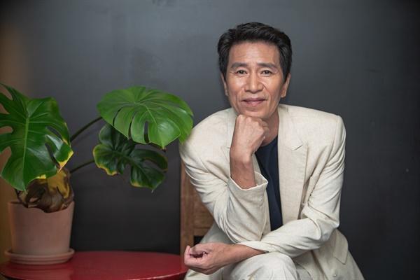 영화 <강철비2: 정상회담>에서 북한 핵잠수함 부함장 역을 맡은 배우 신정근.