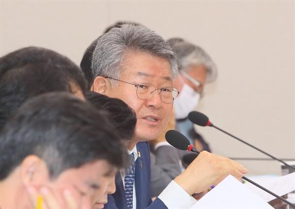 더불어민주당 김회재 의원이 지난 7월 29일 국회 국토교통위원회 전체회의에서 발언하고 있다.