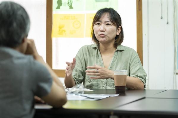 김윤영 활동가는 코로나 이후 가장 큰 변화가 무엇이냐는 질문에 '불평등을 경험한 이들이 할 수 있는 유일한 방법인 집회를 할 수 없게 된 것'이라고 말했다.