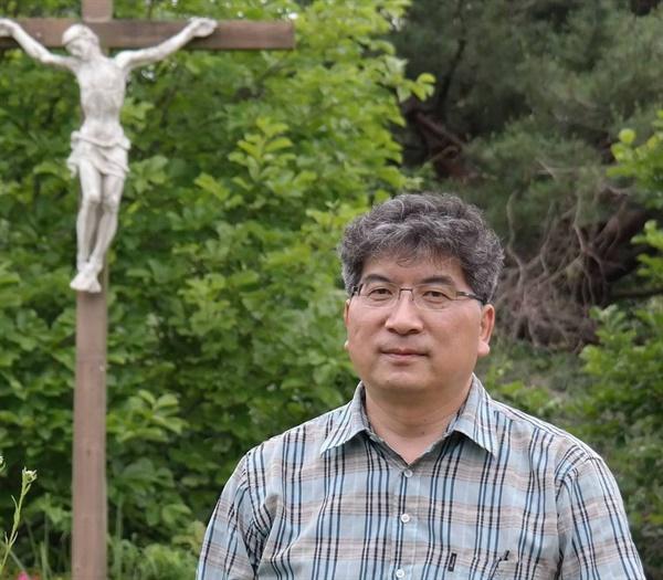 부산 샘터교회 안중덕 담임목사
