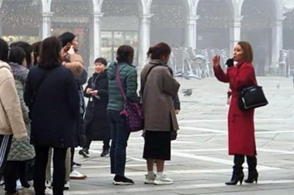 2005년부터 이탈리아 베네치아에서 여행가이드로 일해 온 정주애씨가 코로나19 이전 한창 활동할 때의 모습.