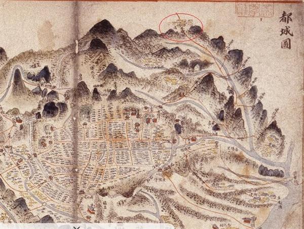 <동국여도>  '도성도'에 기록된 '수유현' <동국여도>에서 한성의 도성 안과 도성 바깥의 성저십리가 기록된 '도성도'다. 오른쪽 위편의 빨간 타원이 '수유현이다.