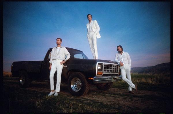 6집 < Imploding The Mirage >를 발표한 킬러스(The Killers)