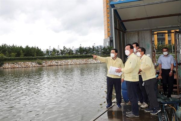 허성무 창원시장은 9월 2일 태풍피해우려지역을 찾아 점검했다.