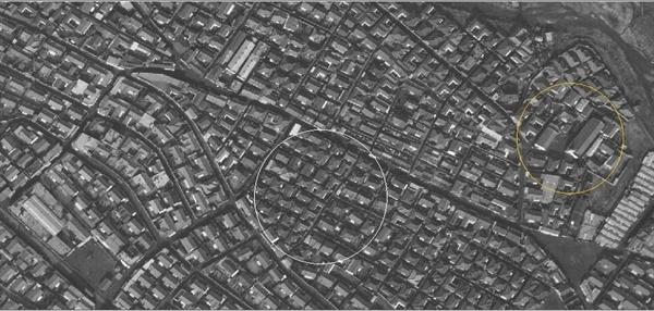 1972년 우이중앙교회 인근 항공사진 현재의 우이중앙교회 위치를 1972년에 찍은 항공사진. 주변 주택들 모습과 비교되는 노란 원 안의 두 건물이 보인다. 왼쪽 작은 건물이 동원유치원으로 예상된다. 중앙의 하얀 원 안에 내가 살던 집이 있을 것이다.
