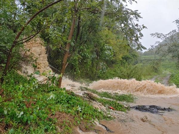 태풍 하이선으로 9월 7일 창원진해 일대에 많은 비가 내렸다.