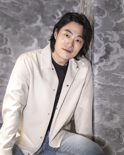 영화 <오! 문희>에서 두원 역을 맡은 배우 이희준.