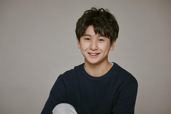 영화 <나를 구하지 마세요>에서 정국 역을 맡은 배우 최로운.