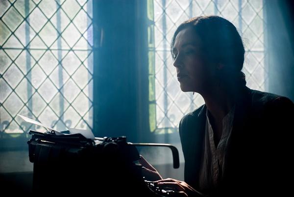 작가란 무엇인가?  글로 남길만한 행동을 한 뒤, 읽을 만한 가치가 있는 글을 쓰는 이다.