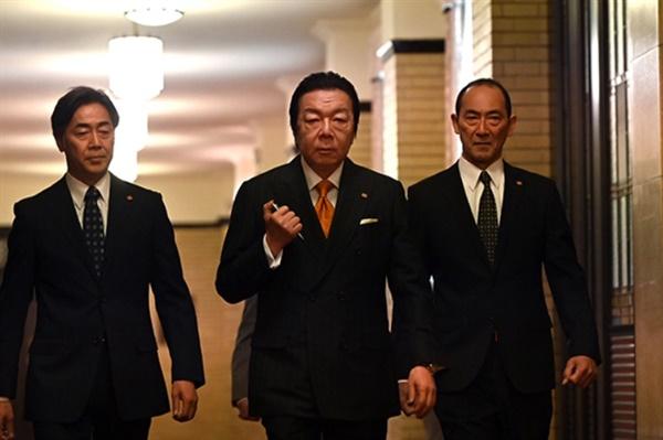 올해 방영 중인 <한자와 나오키> 새 시리즈의 한 장면.