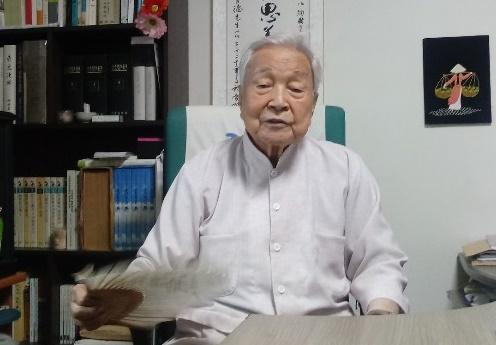 강창덕 대구매일신문 기자(94세)