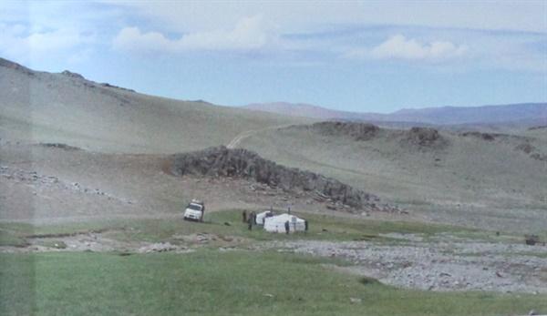 알락 할르한산 해발 2600m 지점에 있는 게르