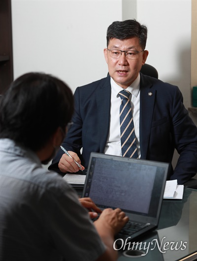 김남근 변호사