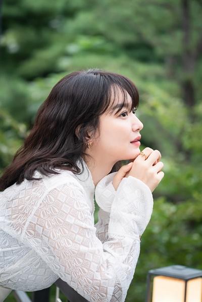 영화 <디바>에서 스타 다이빙 선수 이영 역을 맡은 배우 신민아.